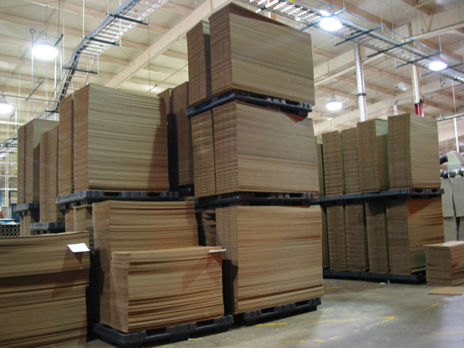 Shuttle Pallets for Corrugated Industry