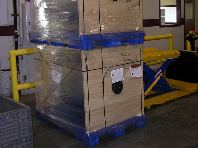 Stratis Suspended Roll Pallets